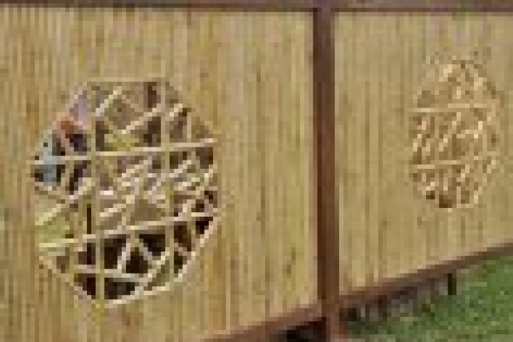 Farm Gates Bamboo fencing 720 480