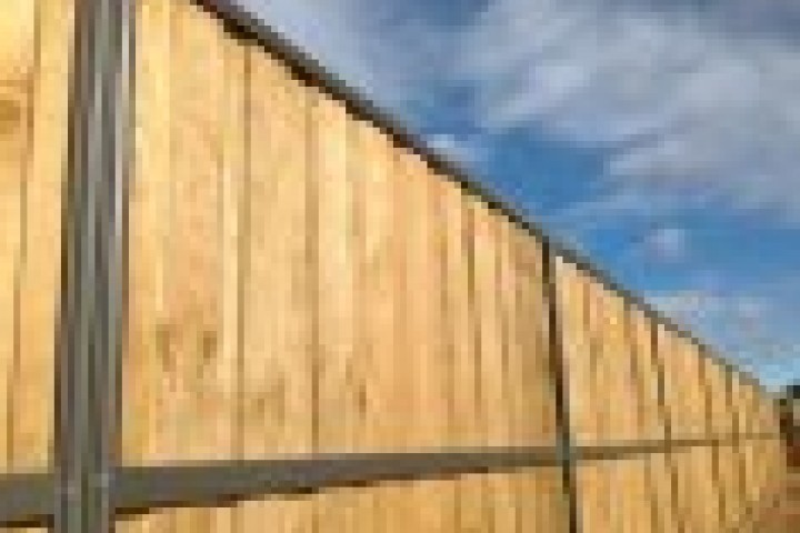 Fencing Companies Lap and Cap Timber Fencing 720 480